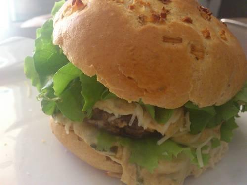 burger maison sauce moutarde comté.JPG