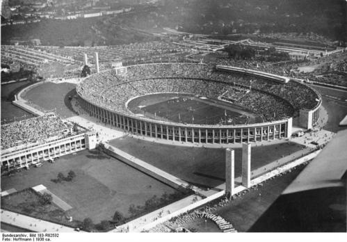 Stade olympique Berlin 1936.jpg