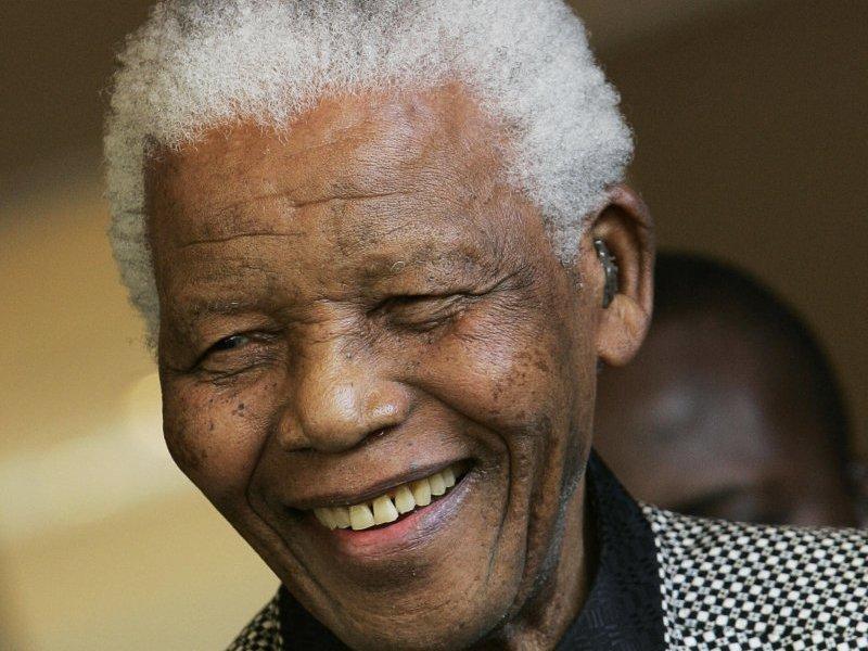 https://static.blog4ever.com/2012/09/713297/Mandela3-SonSourie.jpg