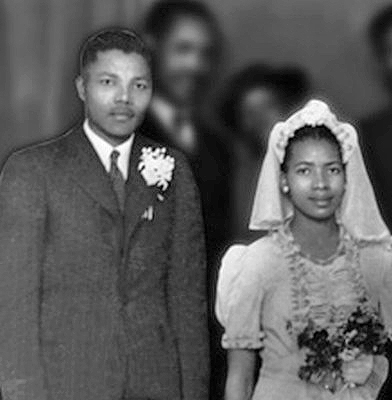 https://static.blog4ever.com/2012/09/713297/Mariage-NMandela1944.jpg