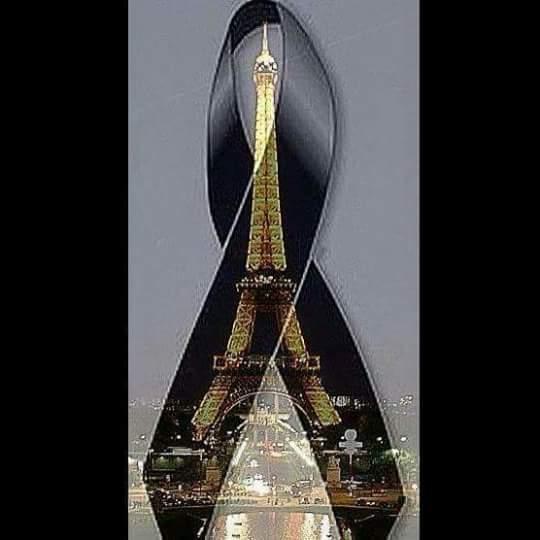 https://static.blog4ever.com/2012/09/713297/RubanNoir-Eiffel.png