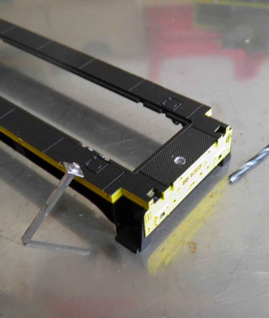 percage  1.5 / 1.8 mm ,ici sur ce chassis bb 63 000 r 37 a restaurer  attention c'est la poulie qui est dans l'axe ,pas la poutre .