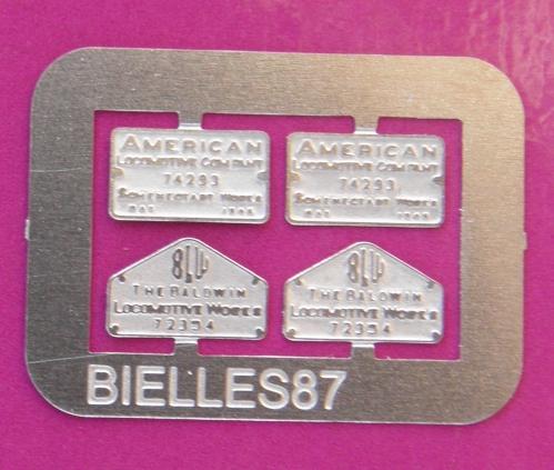 plaque constructeur 141 r ho.JPG
