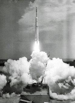 lancement de ARIEL  par une Thor delta 26 avril 19621.jpg