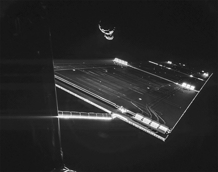 Rosetta_mission_selfie_at_comet_modifié-1.jpg