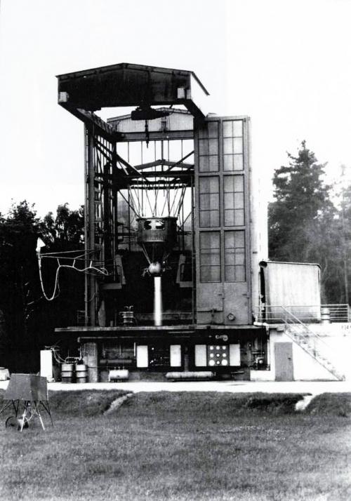 doc ERNO TRAUEN astris juillet 1968en essai banc D.jpg
