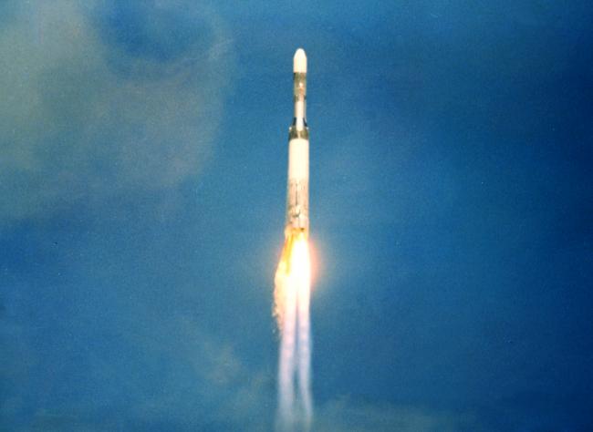 ascension du lanceur europa 2 avant explosion à kourou