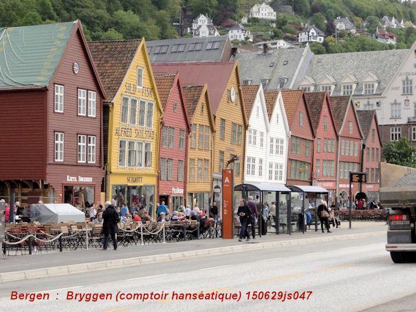 Bergen  Bryggen 150629js047w.JPG