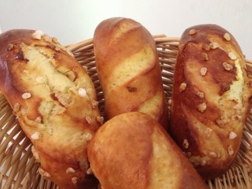 mise à l'honneur Karine Pastour pain au lait choco interierur nature et au sucre.jpg