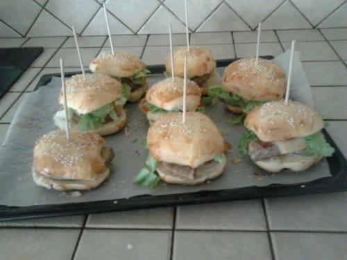mise à l'honneur hamburger daisy.jpg