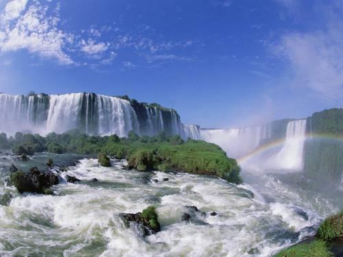 Iguazu Falls Argentina and Brazil 02.jpg