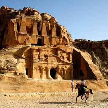 jordanie-a-cheval - Petra.jpg