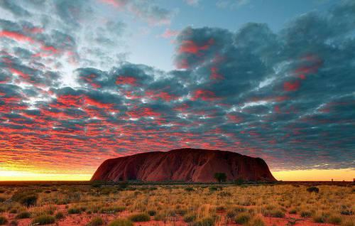 Uluru - Australia.jpg