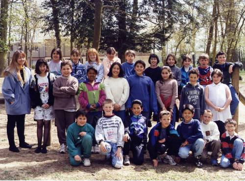 Quetigny - Ecole des Cèdres 1994.jpg