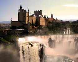 Waterfall Castle Poland 02.jpg