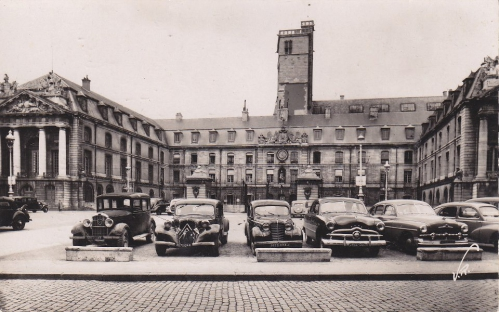 Dijon - Place de la Libération - 1951.jpg