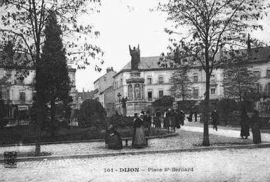 cartes-postales-photos-Place-St-Bernard-DIJON-21900-21-21231034-maxi.jpg
