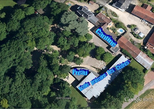 Quétigny Ecole les Cèdres Google Earth 02.jpg