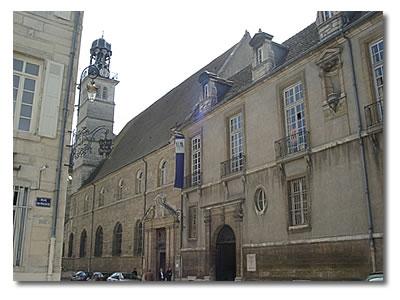 Collège Jesuite des Godrans Dijon.jpg