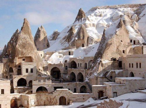 Cappadocia - Turkey 01A.jpg