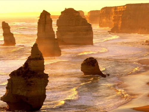 Twelve Apostles Port Campbell National Park Victoria Australia.jpg