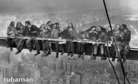 Lunch atop a Skyscraper 06.jpg