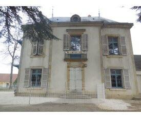quetigny-le-chateau-des-cedres-accueillera-des-le-mois-de-juin-le-secours-populaire-1494101696.jpg