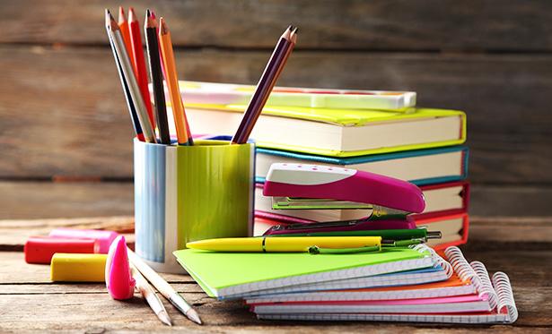shutterstock-prix-liste-fournitures-scolaires-vertes-ecologiques-ecole-college-02.jpg
