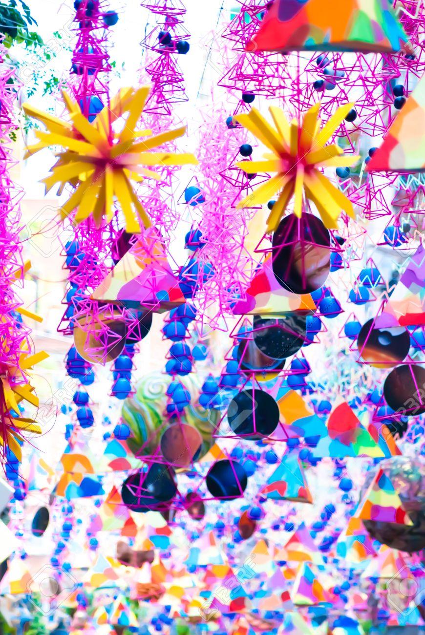 21232830-dessins-abstraits-colorés-pour-des-milieux-.jpg