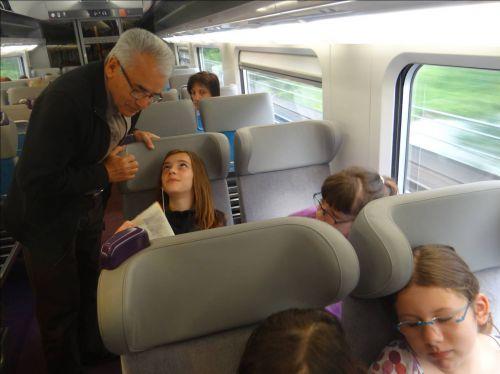 Dans le TGV Dijon-Paris