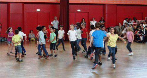 Fête de la Danse 2015 - Spectacle - Classe de CP-CE1