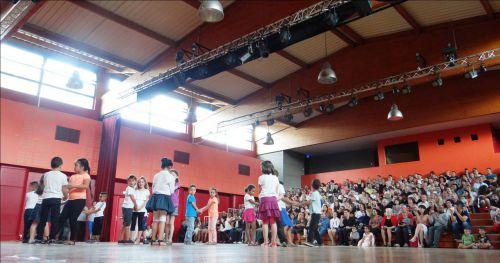 Fête de la Danse 2015 - Spectacle - Classe de CP