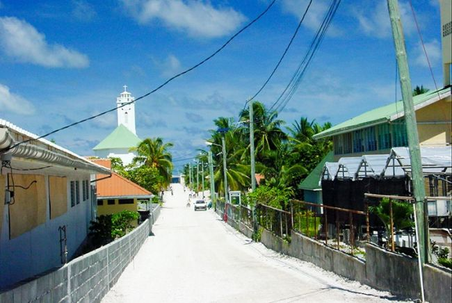 Atoll de Makemo - Archipel des Tuamotu - Polynésie Française - Village de Pouheva