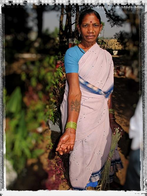 X Small AA Femme Gond.jpg