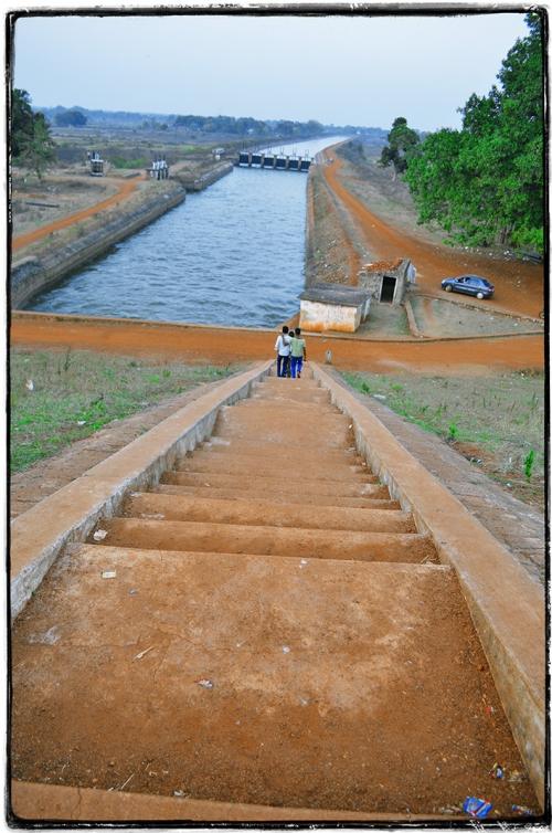 Small DSC_1137 canal.jpg