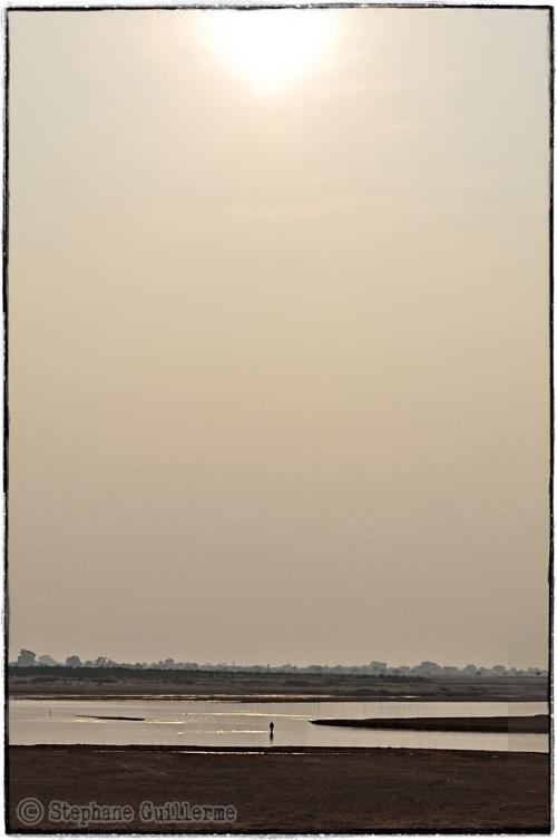 Small DSC_0166 Cocher de soleil sur la rivière Mahanadi.jpg