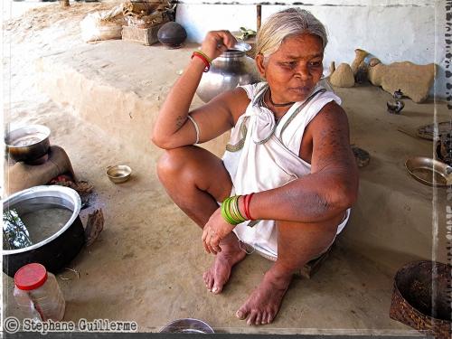 Small IMG_5231 Ghadwa lady Other Backward Cast village Sidmud.jpg
