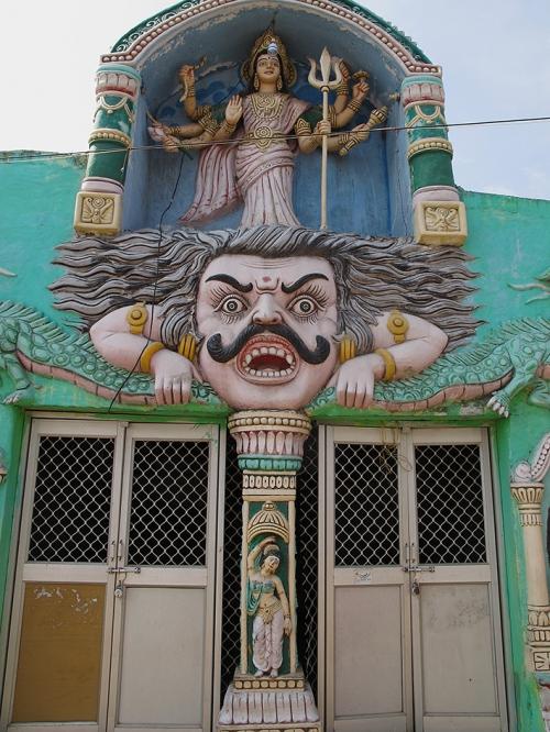 Small 24 IMG_6042 Façade temple Kali - Gopalpur.jpg