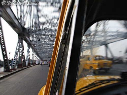 Small 17 IMG_6755 Howrah bridge.jpg
