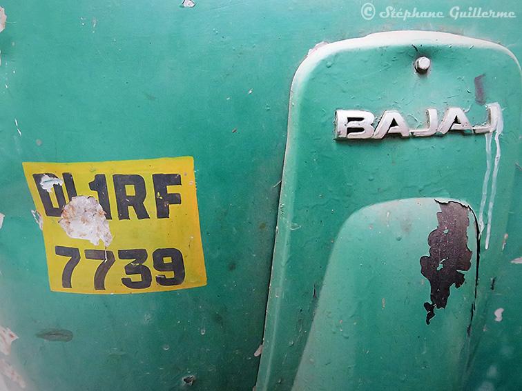IMG_9262 Epave rickshaw pahar ganj Delhi Small.jpg