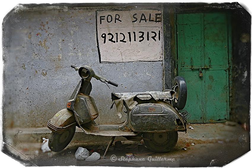 IMG_9234 Scooter Bajaj Pahar ganj Delhi Small.jpg