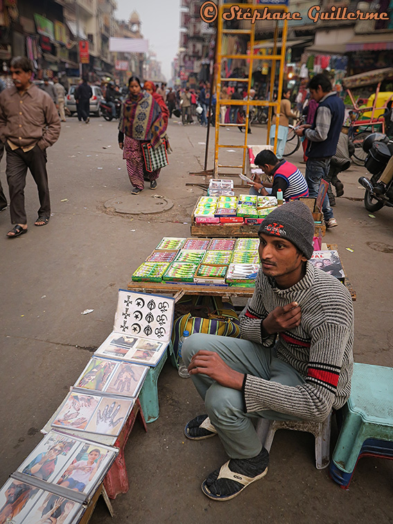 IMG_8808 Mehandi Pahar ganj Delhi Small.jpg