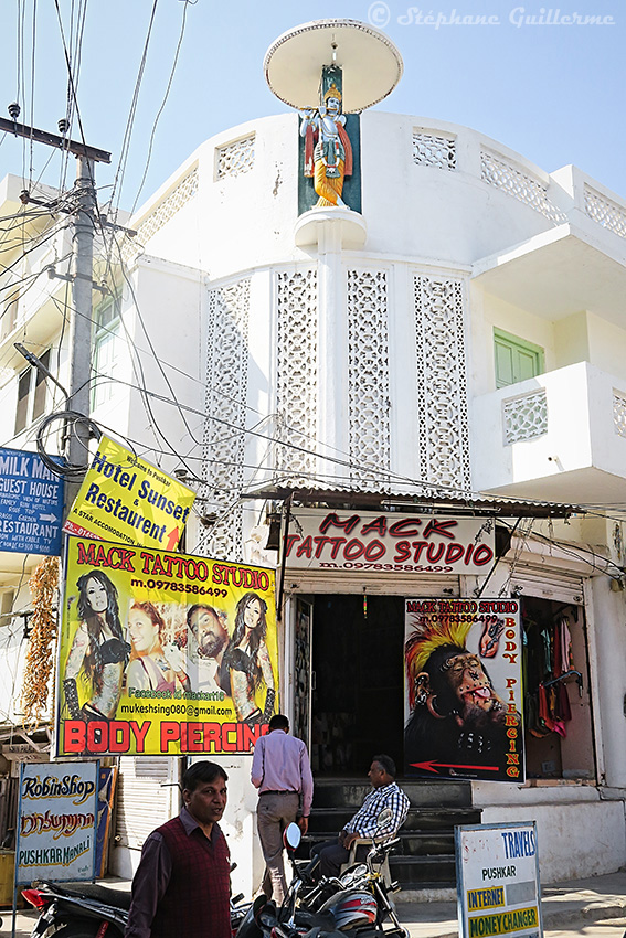IMG_9889 Tattoo studio Mack - Pushkar - Rajasthan SMALL.jpg