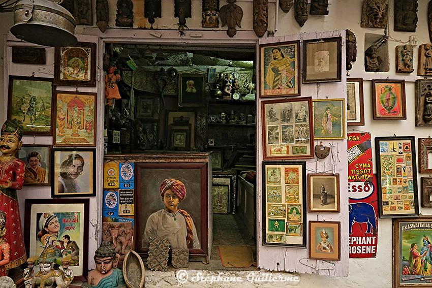 IMG_0588 Boutique antiquités Udaipur Small.jpg