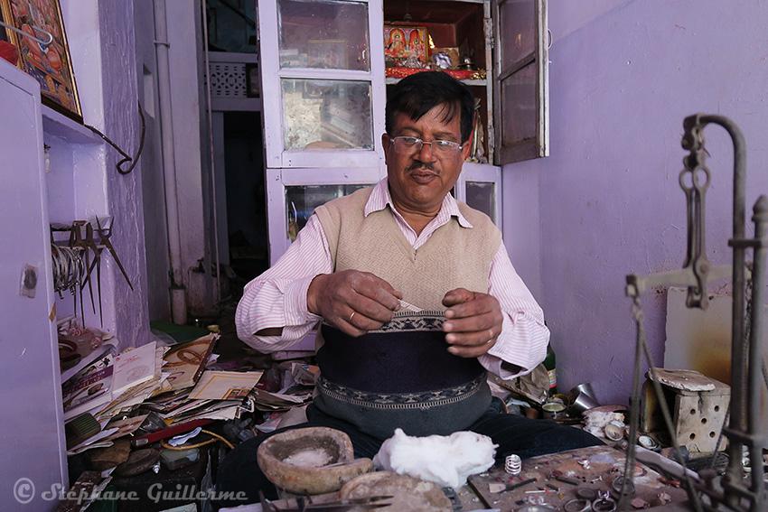IMG_0196 Bijoutier Udaipur Small.jpg