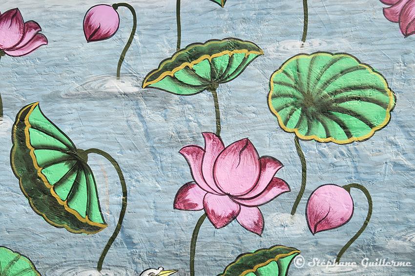 IMG_0366 Fresque murale Udaipur Lotus Small.jpg