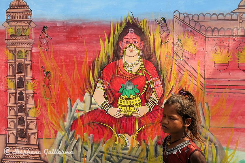 IMG_0380 Fresque murale Udaipur Sati Small.jpg