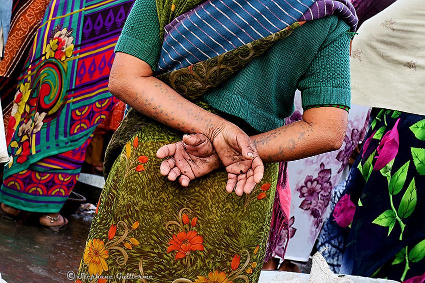 IMG_1326 Tatouée Koli Marché aux poissons Vanakbara Small.jpg