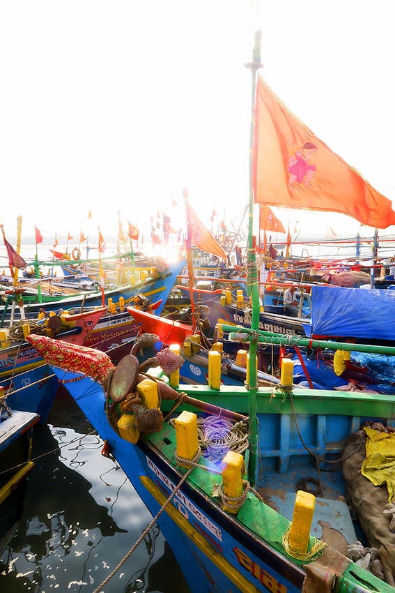 IMG_1030 Port Vanakbara Diu Small.jpg