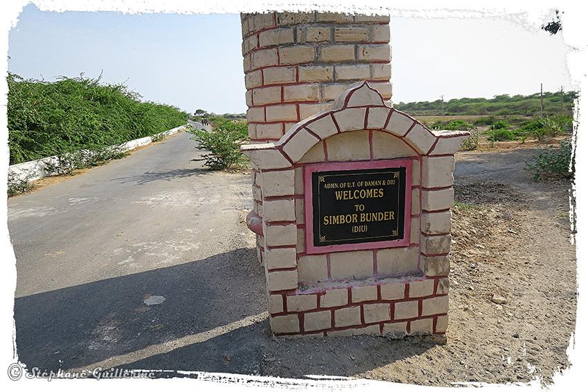 IMG_4955 Entrée Simbor Diu territory Small.jpg